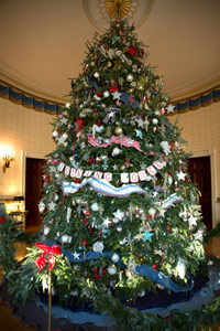 North Carolina Fraser Fir Displayed in White House 12th Time Image